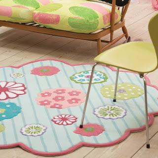 tapete emborrachado infantil em formato de flor