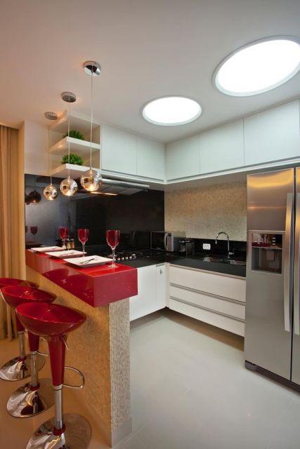 bancada vermelha cozinha