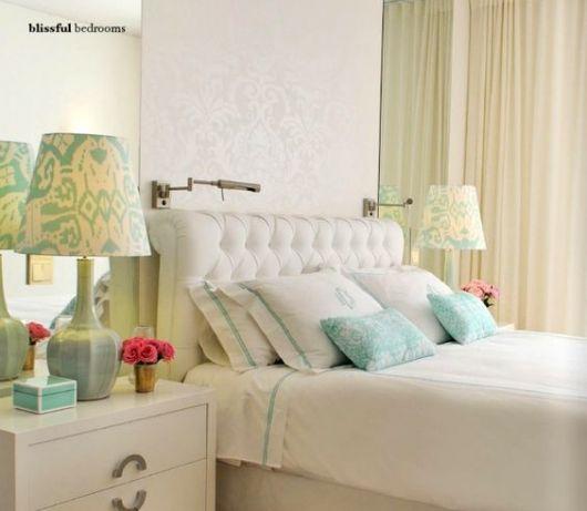 abajur para quarto de casal com cúpula estampada