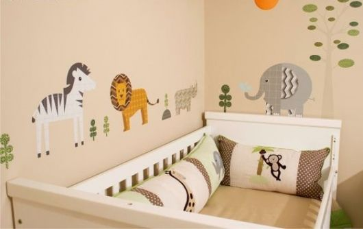 60 Adesivos para Quarto de Beb u00ea Incríveis e Criativos para se Inspirar! # Decoração Para Quarto De Bebe Masculino Safari