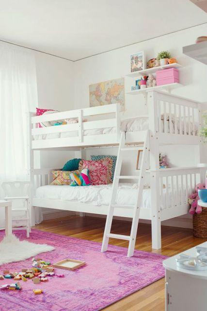 cama branca decoração