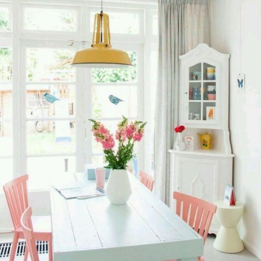 decoração colorida sala de jantar