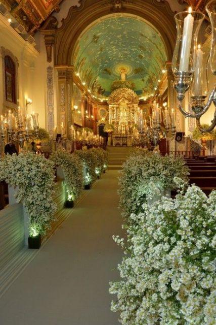 decoração com castiçais e velas