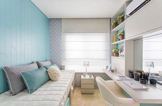 quarto pequeno azul