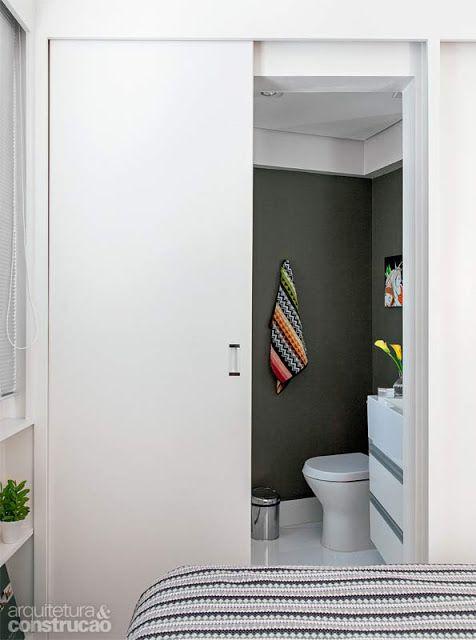 quarto pequeno com banheiro