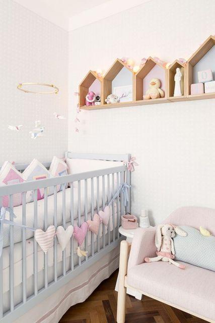 Quarto de beb pequeno como decorar de forma simples e - Adornos habitacion bebe ...