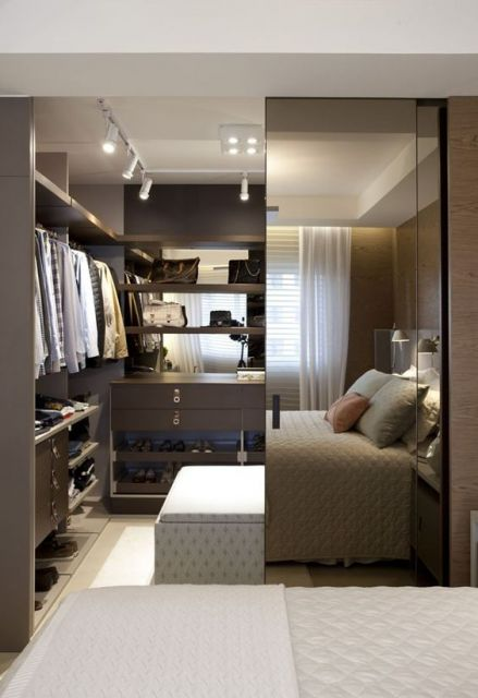 quarto moderno com closet