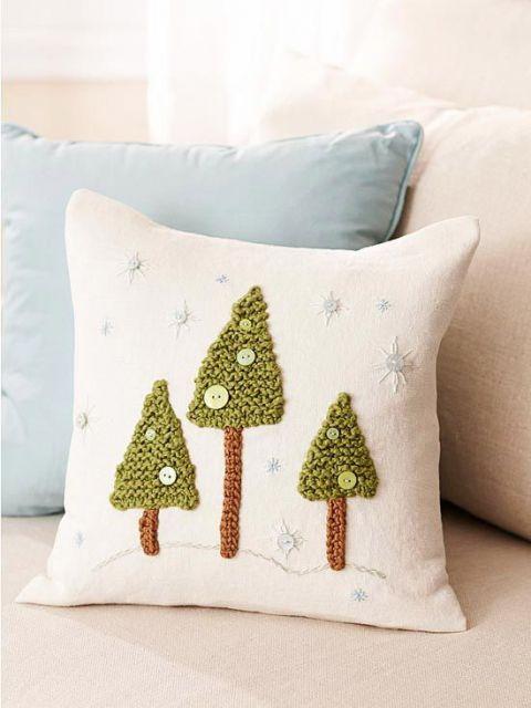almofada decorada pinheiro