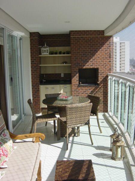 conjunto mesa e cadeiras de varanda
