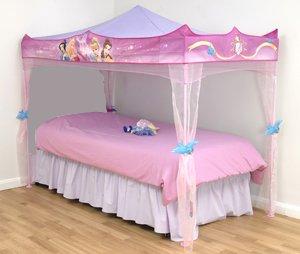 60 camas de princesas apaixonantes para se inspirar onde comprar. Black Bedroom Furniture Sets. Home Design Ideas