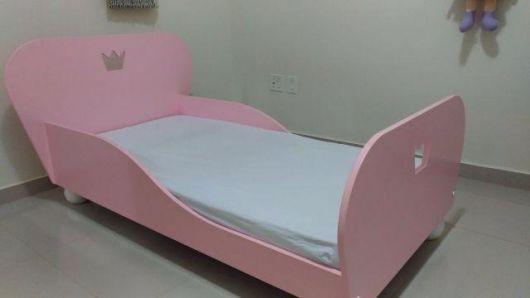 minicama rosa