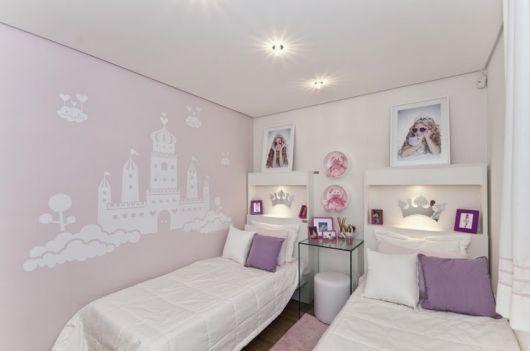 quarto princesas lilás