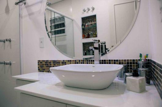 espelho redondo banheiro