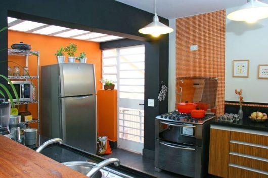 cozinha decorada laranja