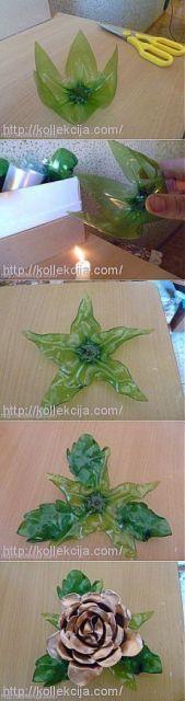 Flor decorativa feita com garrafa pet.
