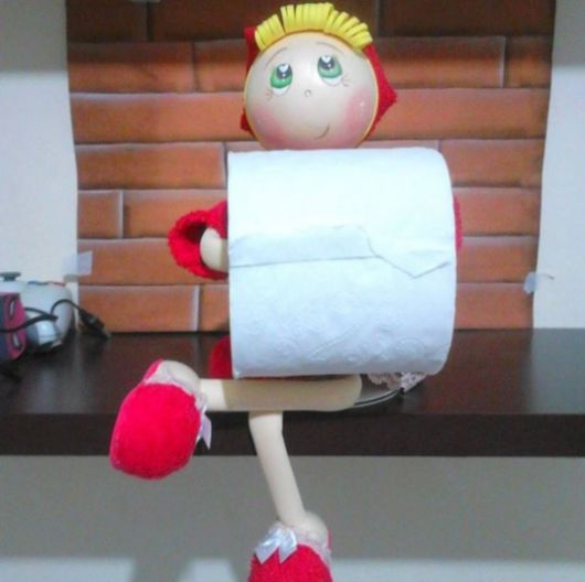 mini fofucha porta papel higiênico