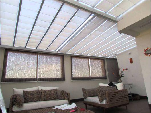 cortina teto e janela