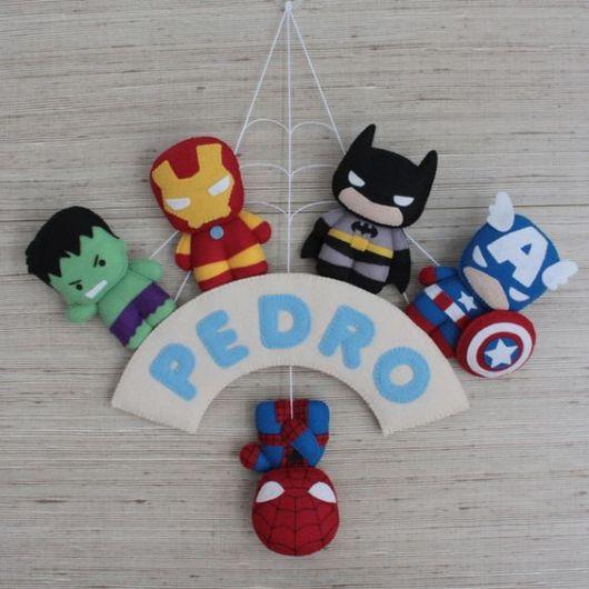 enfeite de porta de maternidade super heróis