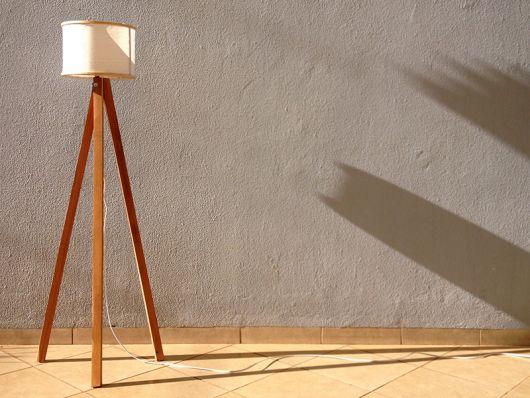luminária de tripé