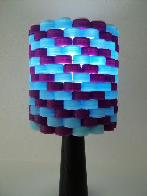 luminária de tampinhas de garrafa PET