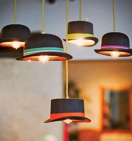 luminária artesanal com chapéus