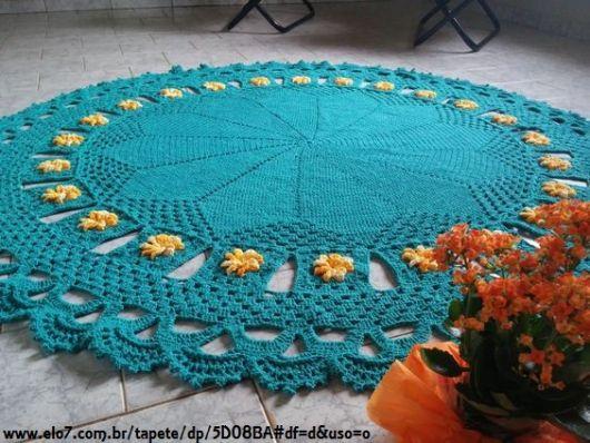 tapete colorido com flores