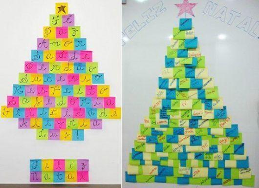 árvore de Natal suspensa feita de post-it na parede