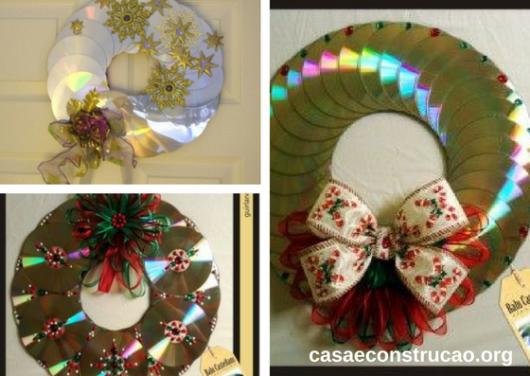 enfeites de Natal com CDs uns sobre os outros em formato de arco