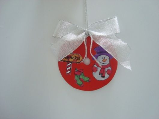 enfeite de Natal com CD feito com con-tact