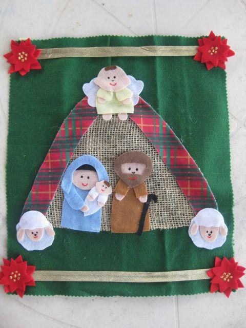 enfeite de porta em feltro para o natal religioso
