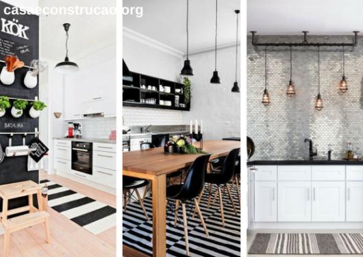 tapetes modernos listrados preto e branco em cozinha