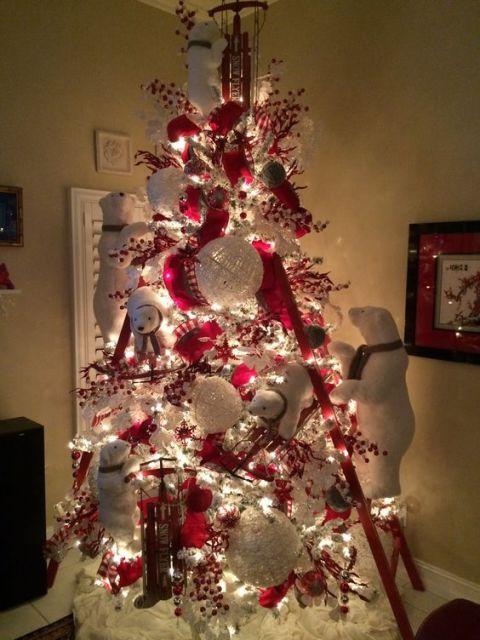árvore de natal urso branco