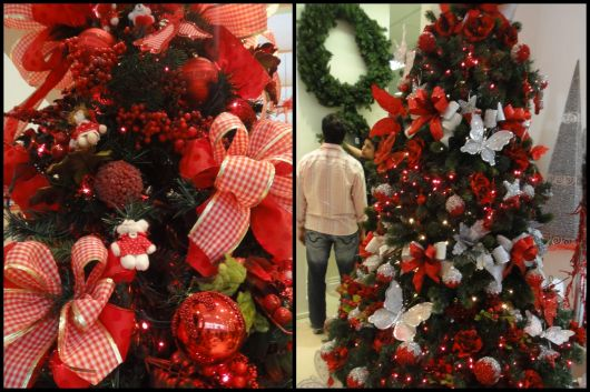 árvore de natal decorada vermelha