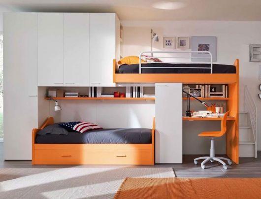 beliche moderna com escrivaninha de madeira