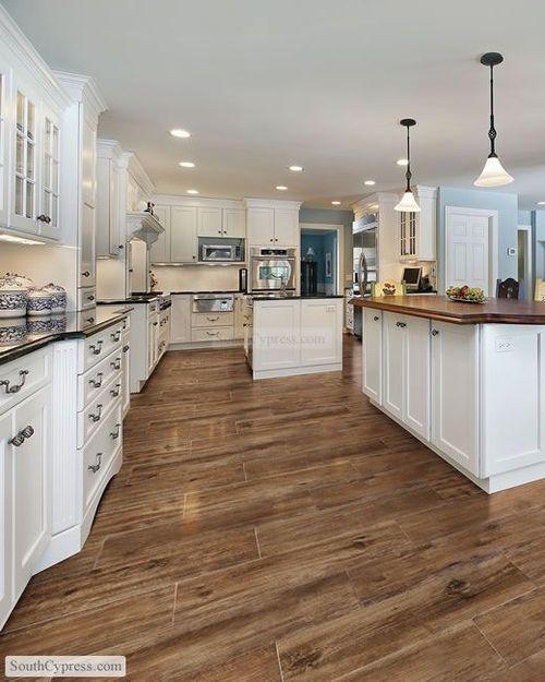 decoração de cozinha americana grande em madeira