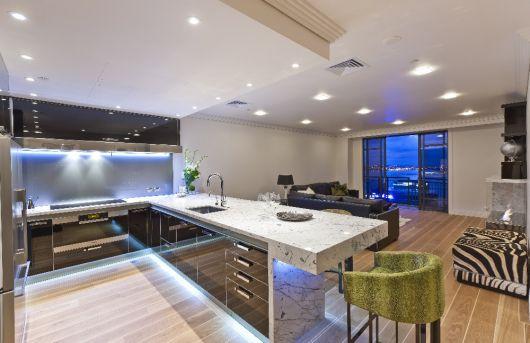 decoração de cozinha americana grande moderna