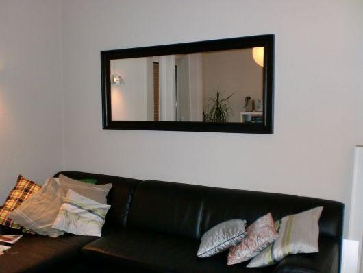 decoração sala simples com espelho