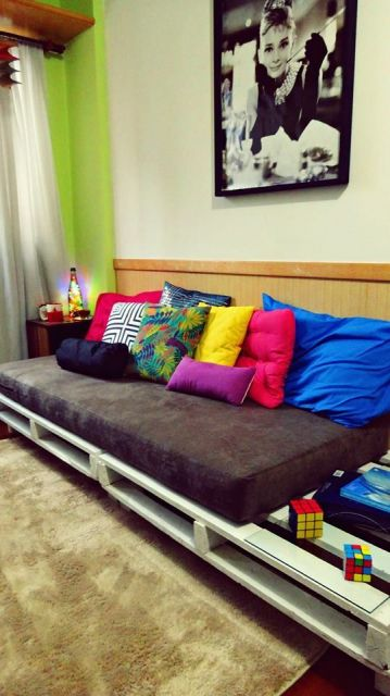 sala simples com pallets