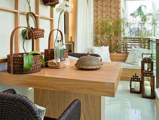 mesa quadrada decoração