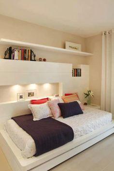 Móveis planejados para quarto feminino.