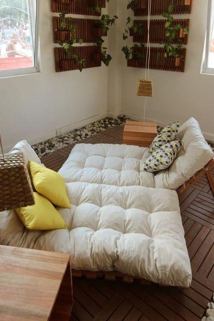 sofá futon moderno branco