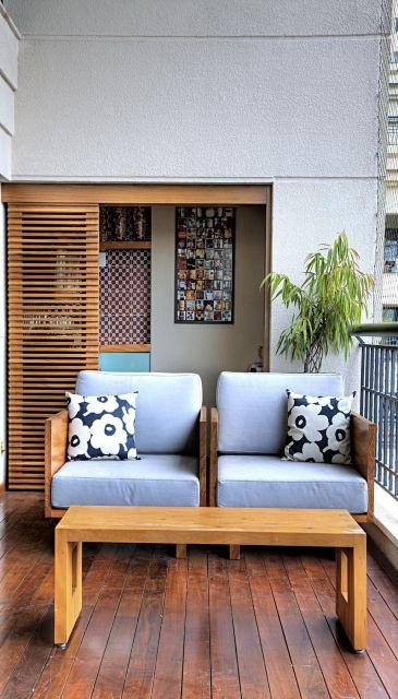 varanda de madeira tipos de poltronas