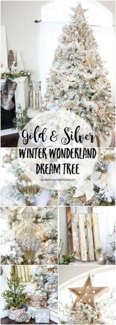 Árvore branca com enfeites prata e dourado.
