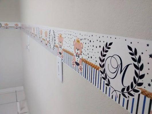 faixas para quarto de bebê com ursos e detalhes em azul
