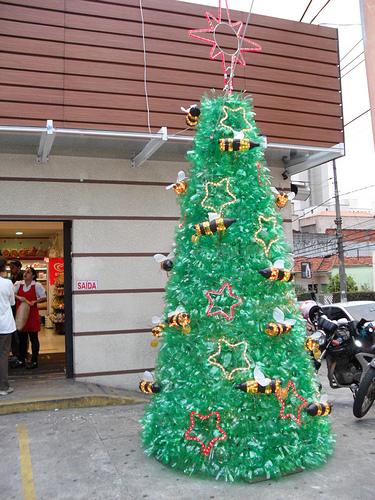 árvore de natal artesanal PET grande