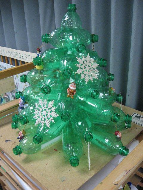 árvore de natal artesanal PET pequena