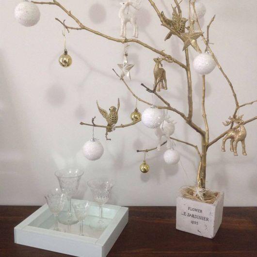 galho seco árvore de natal artesanal