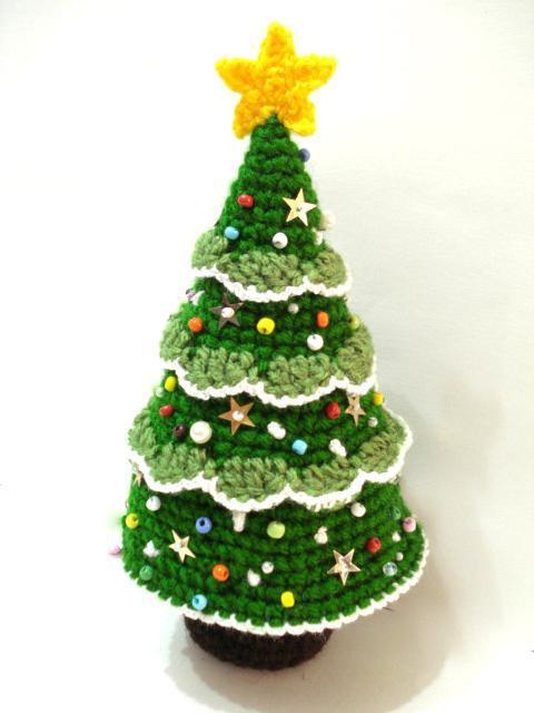 árvore de natal artesanal crochê enfeitada