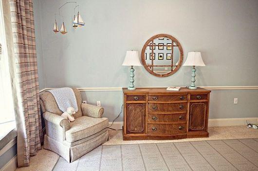 cômoda para quarto de bebê provençal de madeira