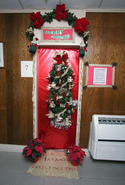 enfeites para porta de Natal classe